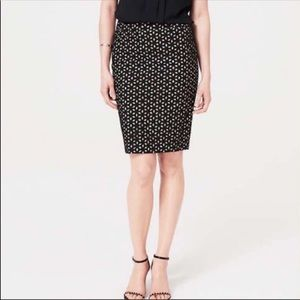 LOFT Floral Cotton Eyelet Pencil Skirt From Size 2